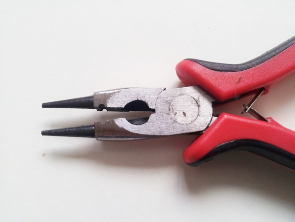 CHANDELIER PINNING PLIERS