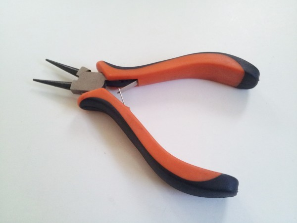 CHUNKY GRIP ROUND NOSE PLIERS