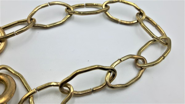 Closed Hoops and gothic Chain M10 Thread brass finish